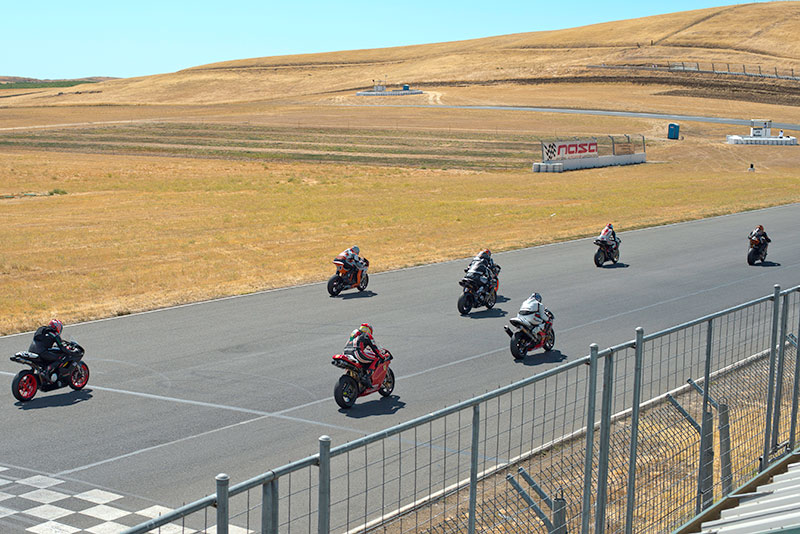 http://gotagteam.com/KTM_Days/images/racing_2012/afm_round-5_2012/_80E0573crp.jpg
