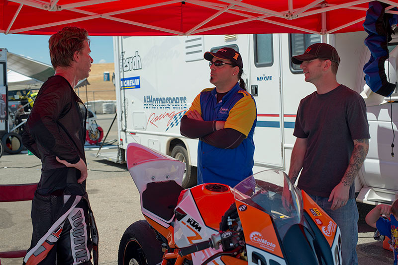 http://gotagteam.com/KTM_Days/images/racing_2012/afm_round-5_2012/_80E0657.jpg