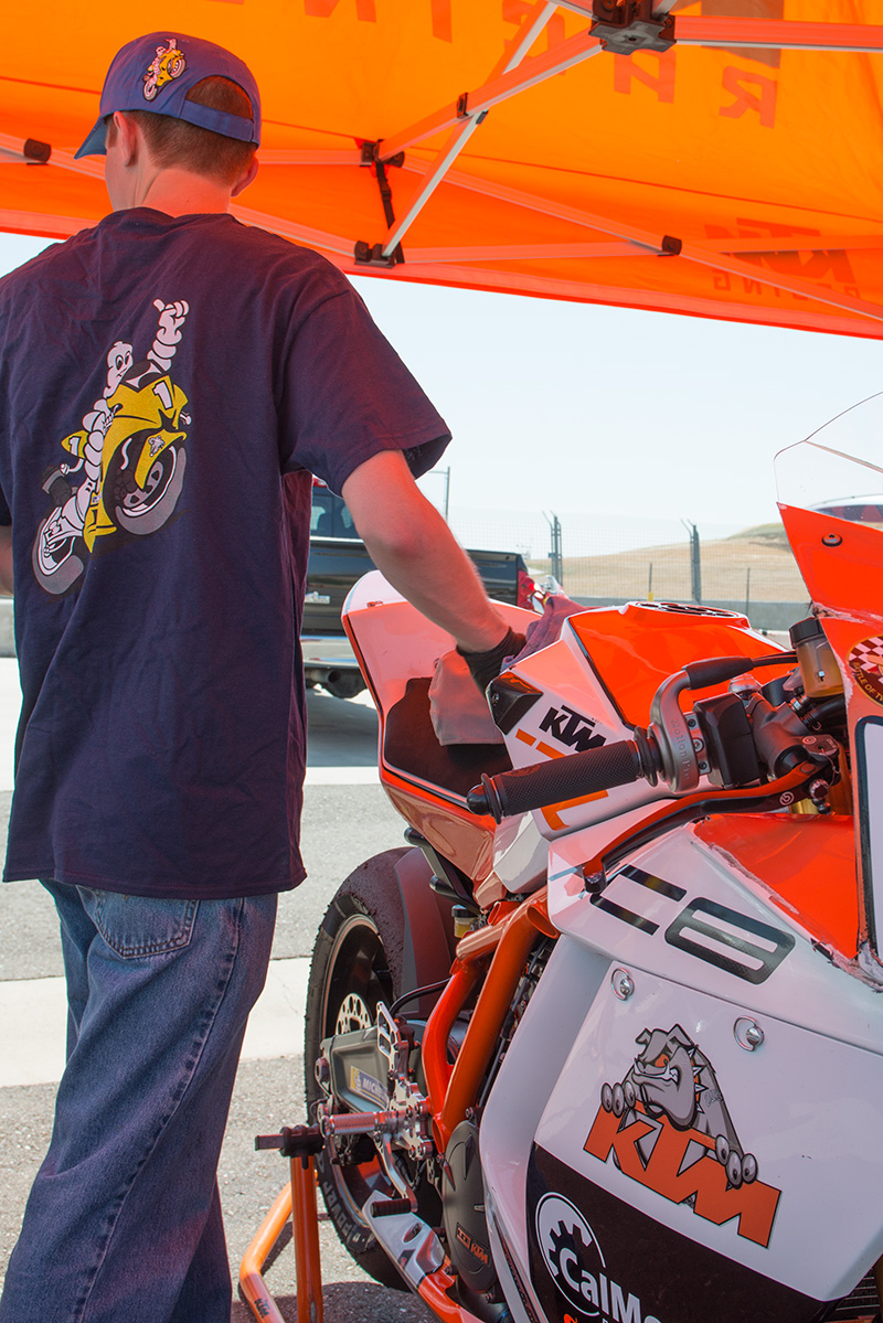 http://gotagteam.com/KTM_Days/images/racing_2014/afm_round-3_2014/_80E6363.jpg