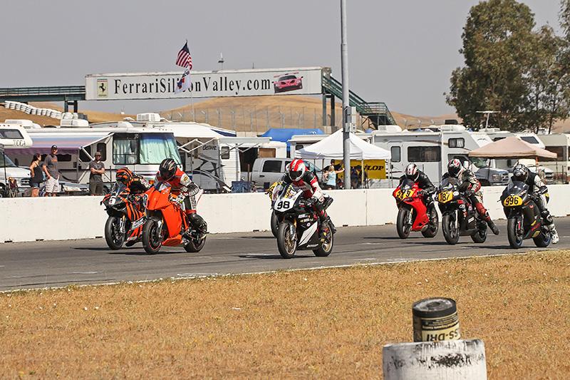 http://gotagteam.com/KTM_Days/images/racing_2014/afm_round-5_2014/4TR_5963.jpg