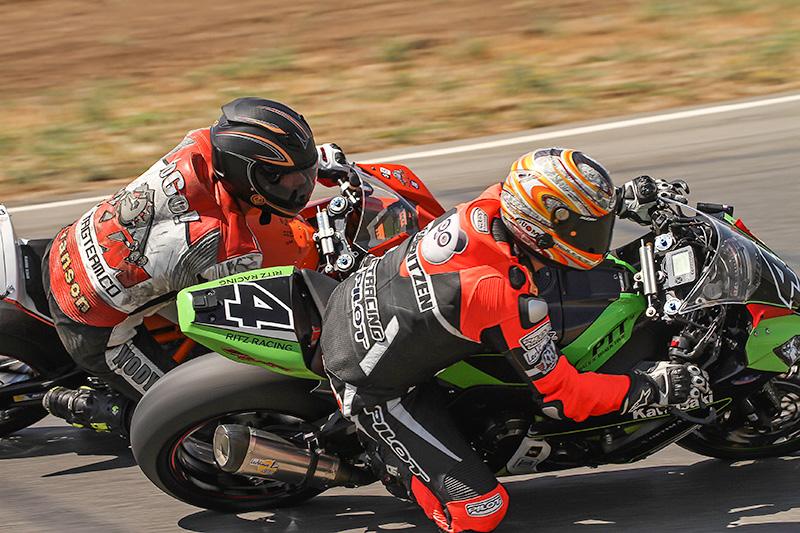 http://gotagteam.com/KTM_Days/images/racing_2014/afm_round-5_2014/4TR_6917.jpg